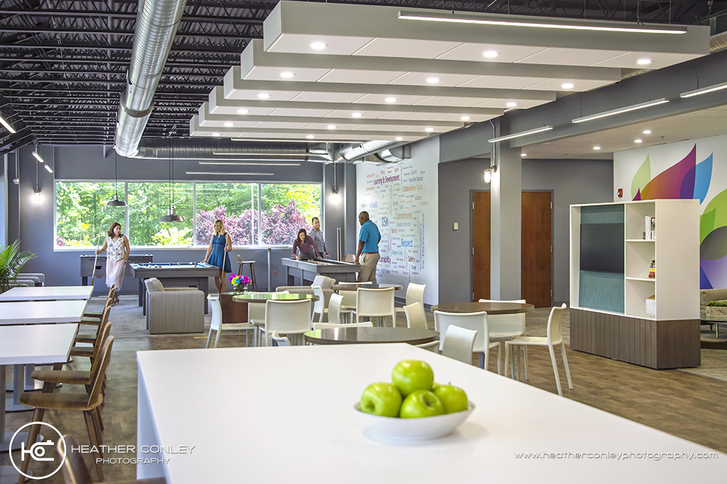 Design Your Monday!: Corporate Renovation